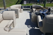 22 ft. Avalon Pontoons 22' LSZ Fish Pontoon Boat Rental N Texas Gulf Coast Image 3