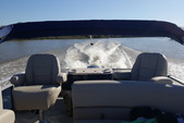 22 ft. Avalon Pontoons 22' LSZ Fish Pontoon Boat Rental N Texas Gulf Coast Image 9