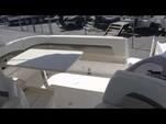 31 ft. Chaparral Boats 290 Signature Cruiser Boat Rental Detroit Image 2