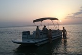 22 ft. Hurricane Boats FD 226 Fish & Fun Deck Boat Boat Rental Rest of Southeast Image 6