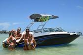 19 ft. Yamaha AR 190 Bow Rider Boat Rental Miami Image 1