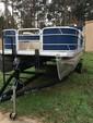 20 ft. Godfrey Marine Sweetwater 2086 Pontoon Boat Rental Dallas-Fort Worth Image 4