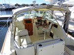 29 ft. Hunt Yachts Surfhunter 29 Downeast Boat Rental Boston Image 5