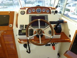 29 ft. Hunt Yachts Surfhunter 29 Downeast Boat Rental Boston Image 6