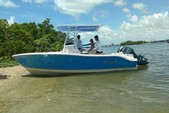 22 ft. NauticStar Boats 2102 Center Console Boat Rental Miami Image 1