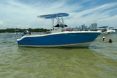 22 ft. NauticStar Boats 2102 Center Console Boat Rental Miami Image 2