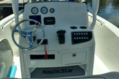 22 ft. NauticStar Boats 2102 Center Console Boat Rental Miami Image 9