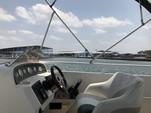 26 ft. JC and Neptoon Pontoon 266 TriToon Pontoon Boat Rental Austin Image 12
