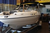 20 ft. Stingray Boats 198LX Open Bow Deck Boat Boat Rental Washington DC Image 3
