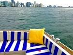 40 ft. Baia Jeroboam Cruiser Boat Rental Miami Image 4