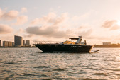 40 ft. Baia Jeroboam Cruiser Boat Rental Miami Image 22