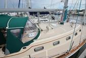 38 ft. Island Packet Yachts Island Packet 370 Cruiser Boat Rental Miami Image 7