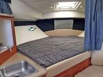 35 ft. Bayliner Element Bow Rider Boat Rental Cancún Image 9