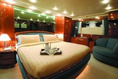 100 ft. Falcon 1999 Motor Yacht Boat Rental Mikonos Image 10