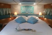50 ft. VZ 50 Fly Motor Yacht Boat Rental Giardini Naxos Image 6
