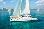 68 ft. Catamaran Cruisers Aqua Cruiser Catamaran Boat Rental Cancún Image 2
