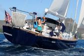 62 ft. Beneteau 57 Sloop Boat Rental Hawaii Image 5