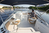 21 ft. Southwind 212 Sport Deck Deck Boat Boat Rental West Palm Beach  Image 2