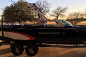 24 ft. Mastercraft 150 Mvp Boat Rental Dallas-Fort Worth Image 2