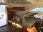 47 ft. Sea Ray Sundancer Motor Yacht Boat Rental Cancún Image 9