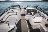 19 ft. Sea Ray 185 Sport Bow Rider Boat Rental Miami Image 2