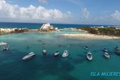 35 ft. Bayliner Element Bow Rider Boat Rental Cancún Image 5