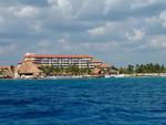 40 ft. Luhrs 38 Open Center Console Boat Rental Playa del Carmen Image 7