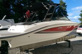 22 ft. Sea Ray Boats 19 SPX w/150 EFI 4-S  Bow Rider Boat Rental Atlanta Image 3