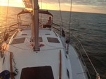 33 ft. Hunter Hunter 33.5 Sloop Boat Rental Sarasota Image 17