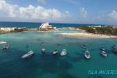 55 ft. Carver Voyager Motor Yacht Boat Rental Cancún Image 20