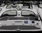 21 ft. Yamaha 212SS  Jet Boat Boat Rental Minneapolis Image 7