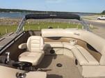 20 ft. Encore Bentley Bentley Encore 200 Cruise Pontoon Boat Rental Austin Image 6