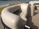 20 ft. Encore Bentley Bentley Encore 200 Cruise Pontoon Boat Rental Austin Image 9
