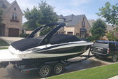 24 ft. Regal Boats 2300 Bow Rider Boat Rental Dallas-Fort Worth Image 2