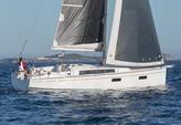 38 ft. Beneteau Oceanis 38 Motorsailer Boat Rental San Francisco Image 1