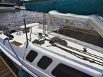 23 ft. Hunter Hunter 23 O/B Daysailer & Weekender Boat Rental Rest of Northwest Image 3