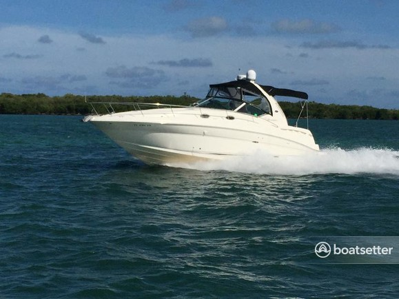 Rent A 2006 35 Ft Sea Ray Boats 320 Sundancer In Washington Dc On Boatsetter