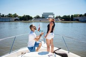 50 ft. Sea Ray Boats 450 Sundancer Cruiser Boat Rental Washington DC Image 4
