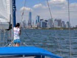 40 ft. Hunter 40 Cruiser Boat Rental New York Image 5