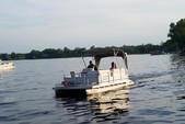 18 ft. Godfrey Marine A2420E Executive Pontoon Boat Rental Rest of Northeast Image 4