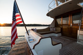 54 ft. Vicem Flybridge Flybridge Boat Rental New York Image 4