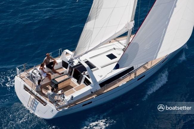 Rent A 2017 45 Ft Beneteau Usa Oceanis 45 In Saint Petersburg Fl On Boatsetter