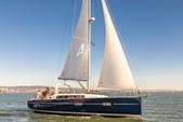 38 ft. Beneteau USA Oceanis 38 Daysailer & Weekender Boat Rental San Francisco Image 4