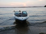 19 ft. Chaparral Boats 198 XL Bow Rider Boat Rental Atlanta Image 2