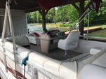 "20 ft. Godfrey Marine ""Sweetwater"" SW20SC Pontoon Boat Rental Washington DC Image 3"