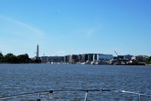 35 ft. Sea Ray Boats 320 Sundancer Cruiser Boat Rental Washington DC Image 21