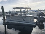 24 ft. SunChaser by Smoker Craft DS24 Cruise Pontoon Boat Rental West Palm Beach  Image 6