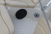 19 ft. Sea Ray Boats 190 Sundeck  Bow Rider Boat Rental Chicago Image 5