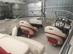 19 ft. Tahoe by Tracker Marine Q5i Sport Fish  Cruiser Boat Rental N Texas Gulf Coast Image 2