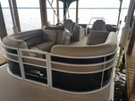 22 ft. Bennington Marine 22SCWX Pontoon Boat Rental Dallas-Fort Worth Image 2
